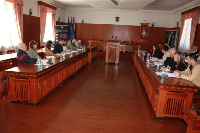 Sastanak čelnika Grada s gradskim ustanovama i tvrtkama