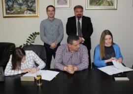 Grad Knin dodijelio novih pet stipendija za akademsku godinu 2016./2017.