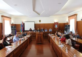 U Gradskoj vijećnici održan sastanak na temu potencijala  za razvoj poljoprivrede u Gradu Kninu i okolici