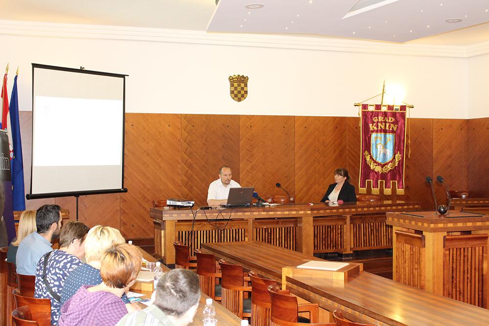 Održano predstavljanje EU projekata organizacija civilnog društva i ustanova sa područja grada Knina u gradskoj vijećnici