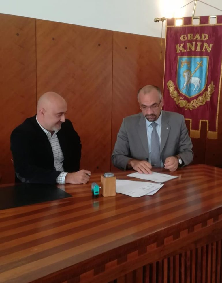 Potpisan Ugovor za izvođenje radova na izgradnji atletske staze